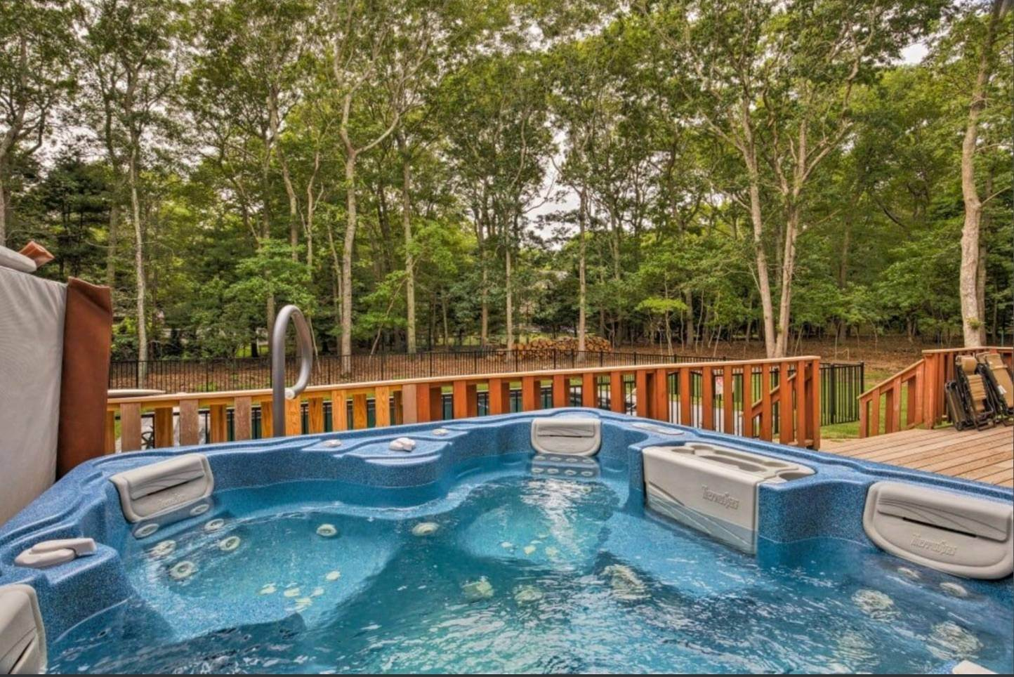 4. Single Family Home at Pristine And Modern Rental With New Heated Pool East Hampton, NY 11937