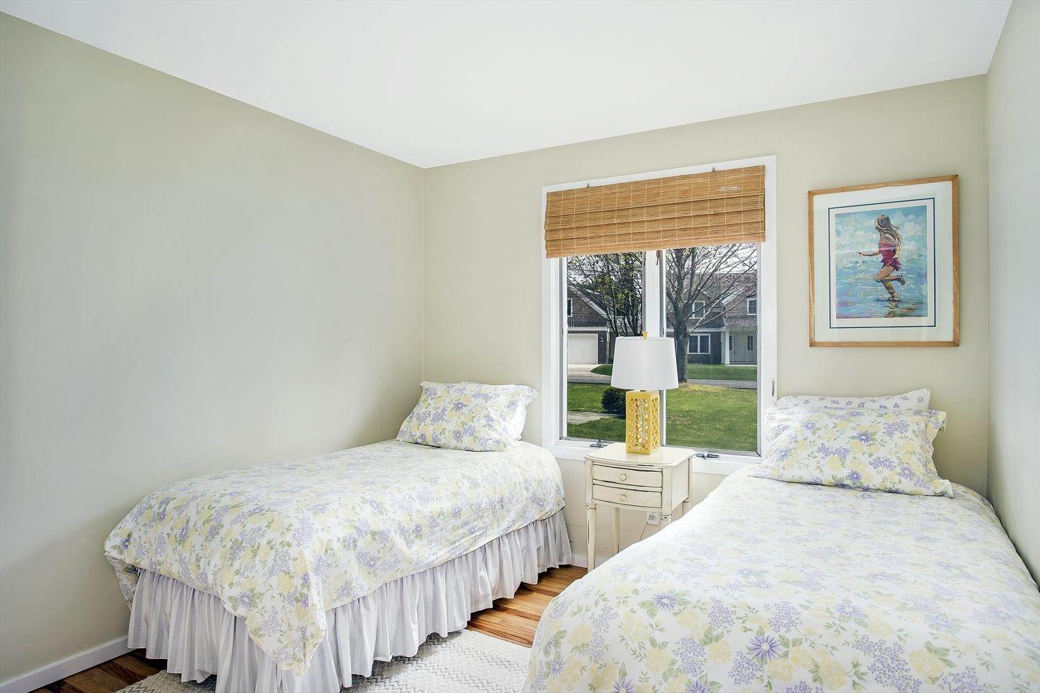 3. Single Family Home at Easy Living In The Lanes Amagansett, NY 11930