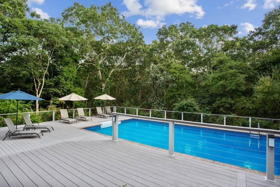 13. Single Family Home at Pretty Post Modern 8 Rivers Road, East Hampton, NY 11937