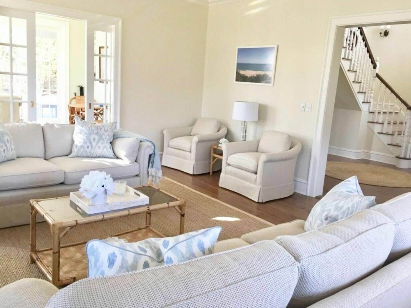4. Single Family Home at Crisp And Beautifully Detailed Southampton Village Home Southampton, NY 11968