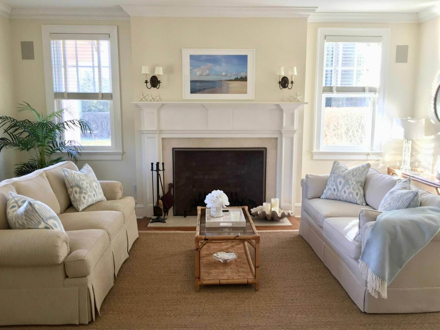 3. Single Family Home at Crisp And Beautifully Detailed Southampton Village Home Southampton, NY 11968