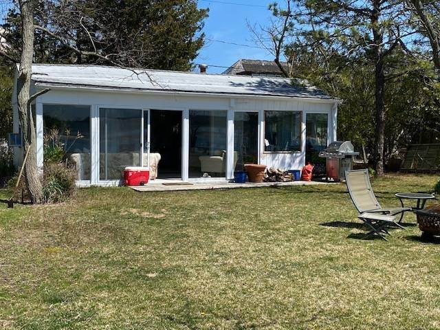 Single Family Home at Bay Beach House Southampton, NY 11976