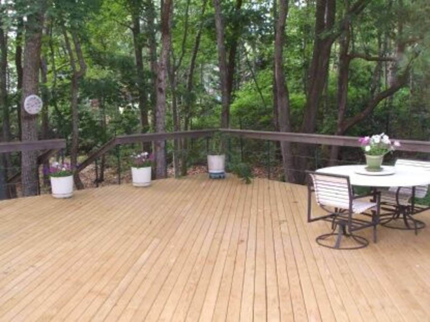 3. Single Family Home at Quaint And Quiet With Community Beach Sag Harbor, NY 11963