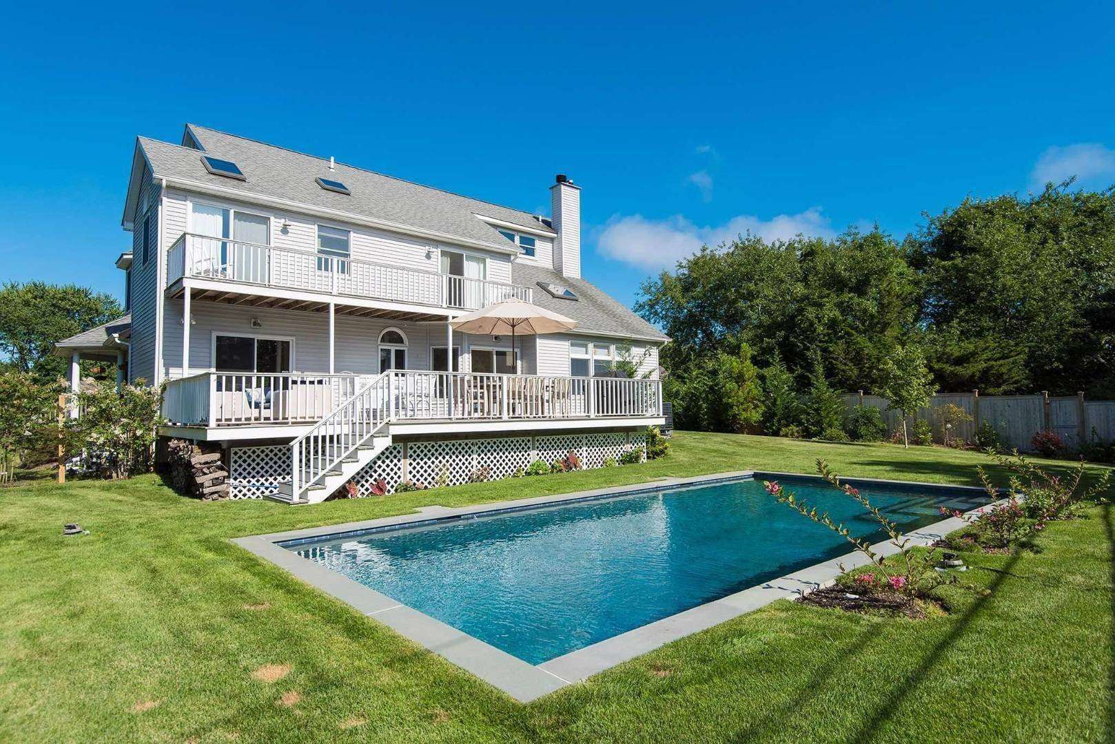 3. Single Family Home at Shelter Island Fresh Contemporary With Beach Rights Shelter Island Heights, NY 11964