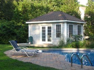 3. Single Family Home at Historic East Hampton Springs, Harbor Breezes, Cottage With Pool East Hampton, NY 11937