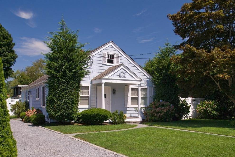 Single Family Home at Charming Little Jewel Southampton, NY 11968