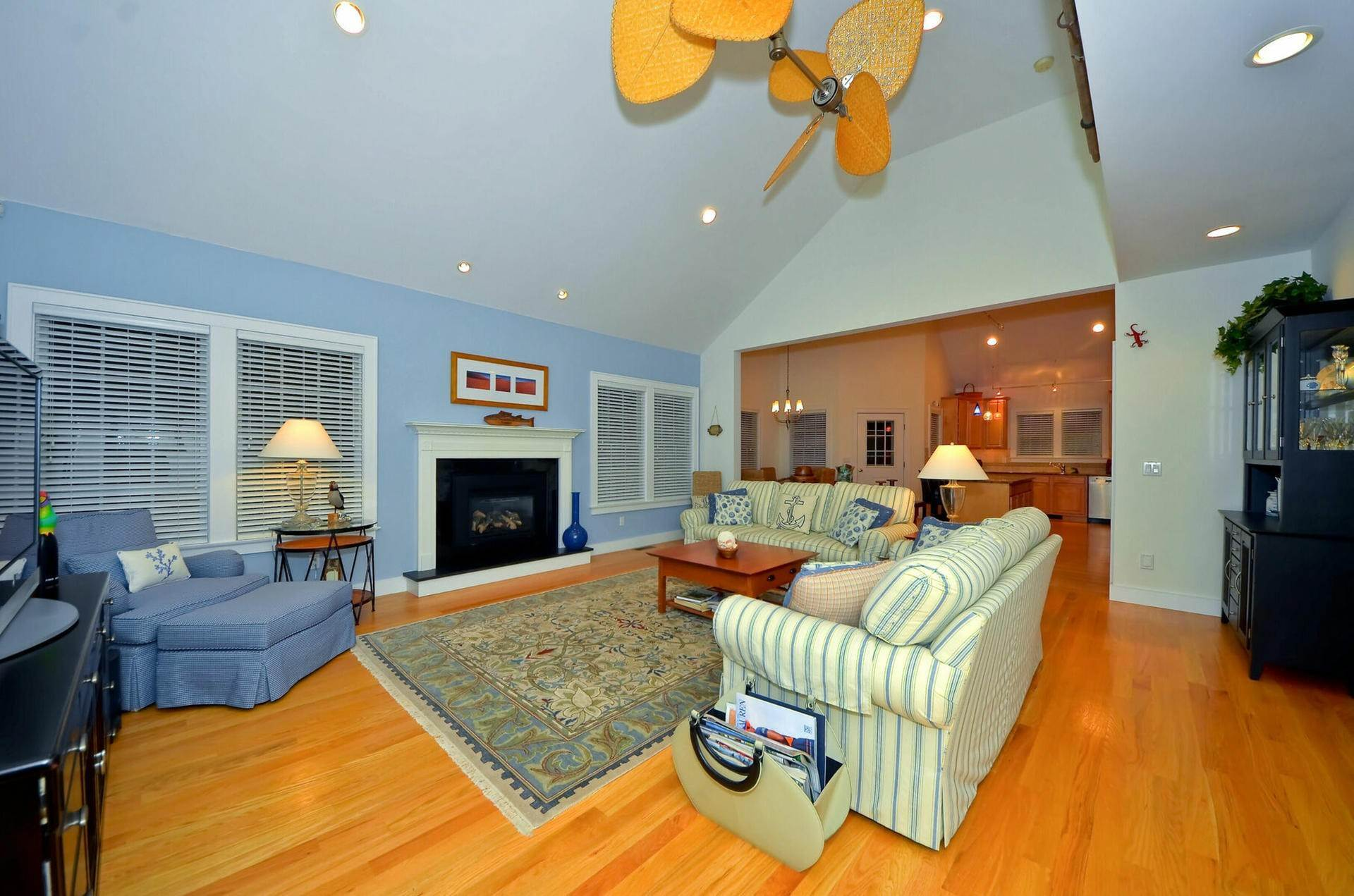 12. Single Family Home at Centrally Located Southampton Traditional Southampton, NY 11968
