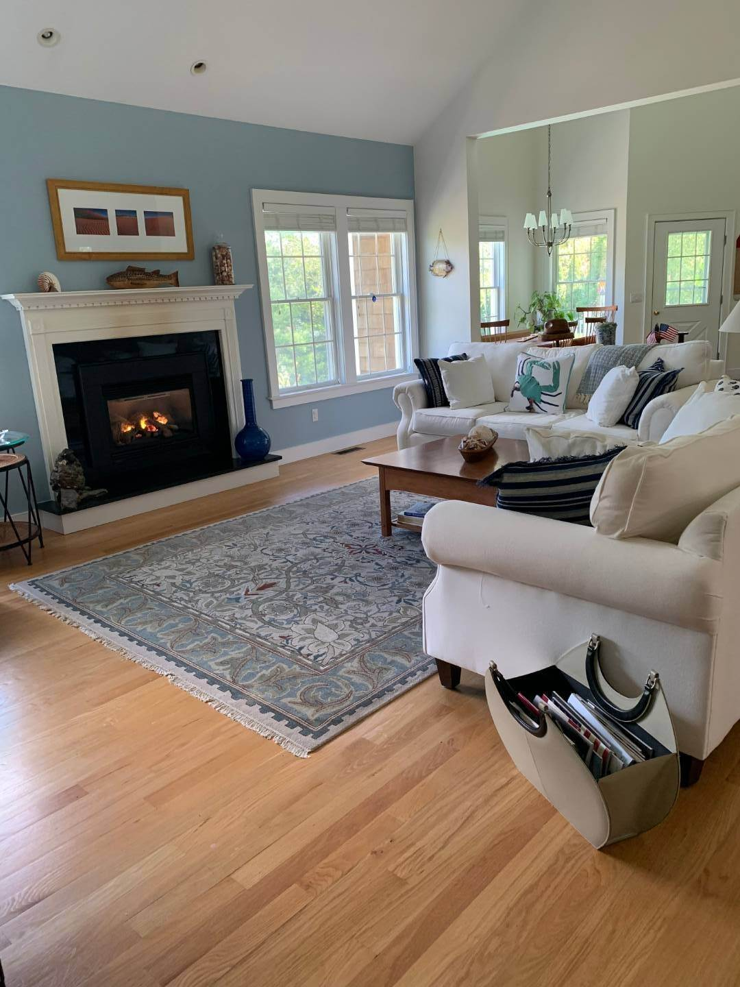 23. Single Family Home at Centrally Located Southampton Traditional Southampton, NY 11968