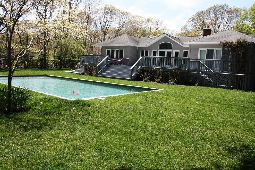 12. Single Family Home at Bright & Stylish In Water Mill Water Mill, NY 11976