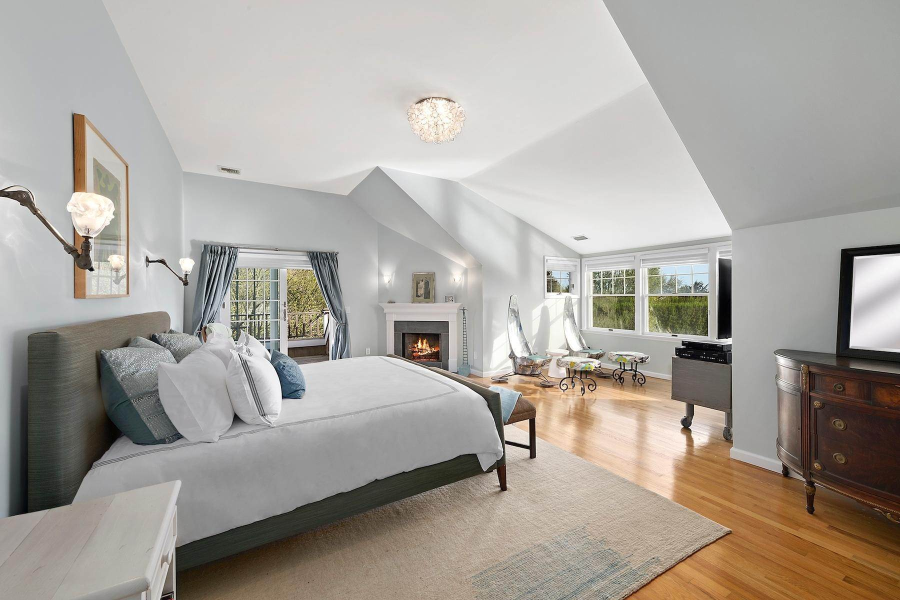 8. Single Family Home at Sagaponack South - Minutes To The Beach Sagaponack Village, NY 11962