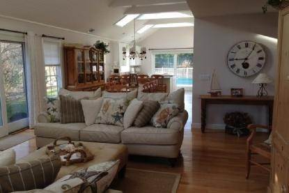 10. Single Family Home at As Pristine As It Gets Southampton, NY 11968