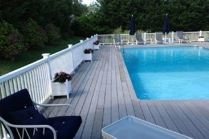 12. Single Family Home at As Pristine As It Gets Southampton, NY 11968