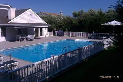 2. Single Family Home at As Pristine As It Gets Southampton, NY 11968