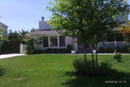 Single Family Home at As Pristine As It Gets Southampton, NY 11968