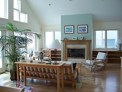 5. Single Family Home at Westhampton Dunes Oceanfront Westhampton Dunes Village, NY 11978