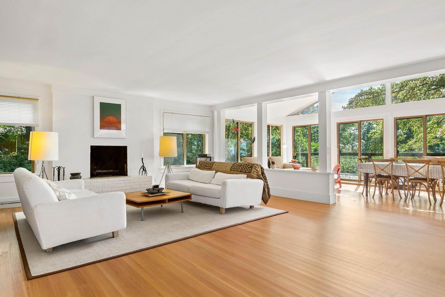 3. Single Family Home at Zen-Like Beach Cottage In Southampton Southampton, NY 11968