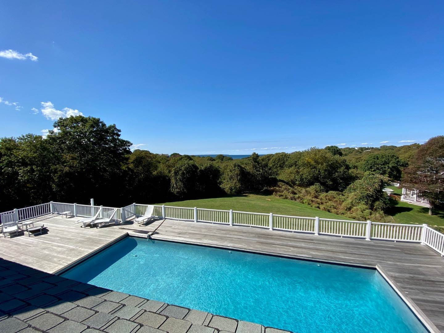 8. Single Family Home at Bay, Sound Sunset Stunner August Montauk, NY 11954