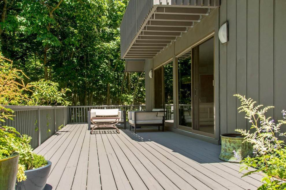 12. Single Family Home at Secluded In Montauk's Hither Woods With Pool Montauk, NY 11954
