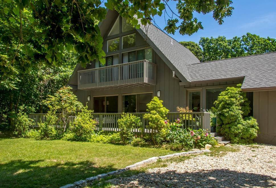 5. Single Family Home at Secluded In Montauk's Hither Woods With Pool Montauk, NY 11954