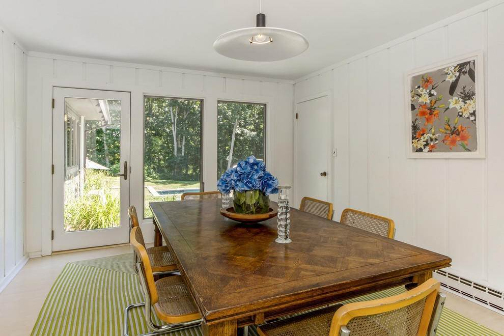 4. Single Family Home at Secluded In Montauk's Hither Woods With Pool Montauk, NY 11954