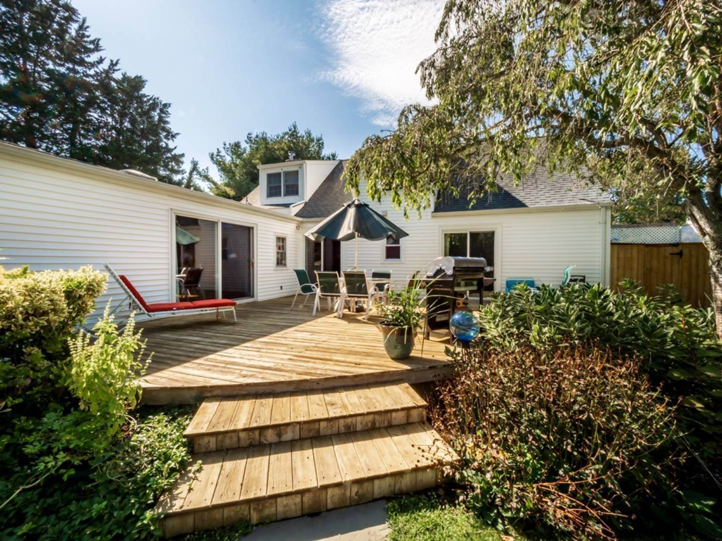 14. Single Family Home at Steps To All In Westhampton Beach Westhampton Beach Village, NY 11978