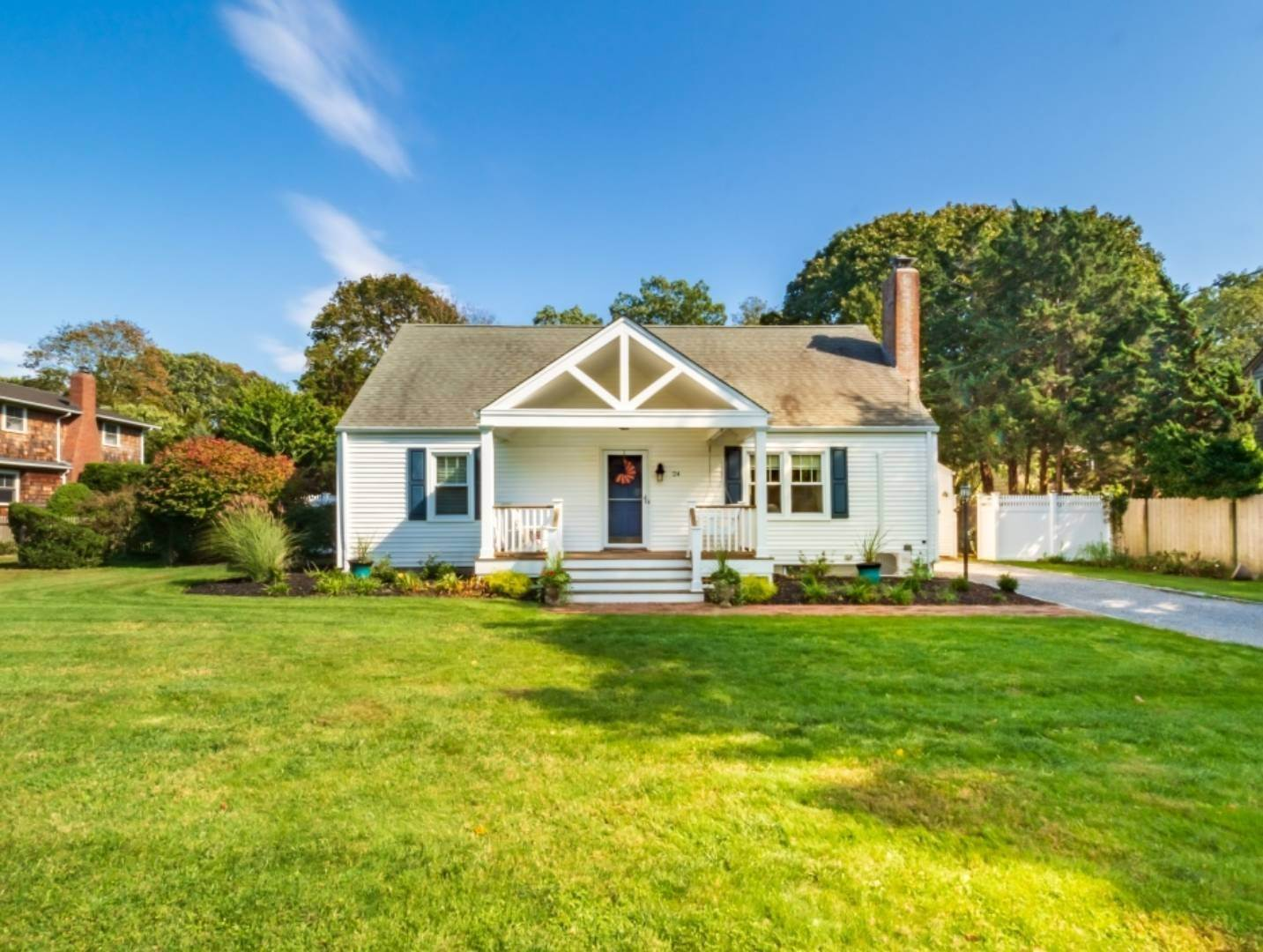 Single Family Home at Steps To All In Westhampton Beach Westhampton Beach Village, NY 11978