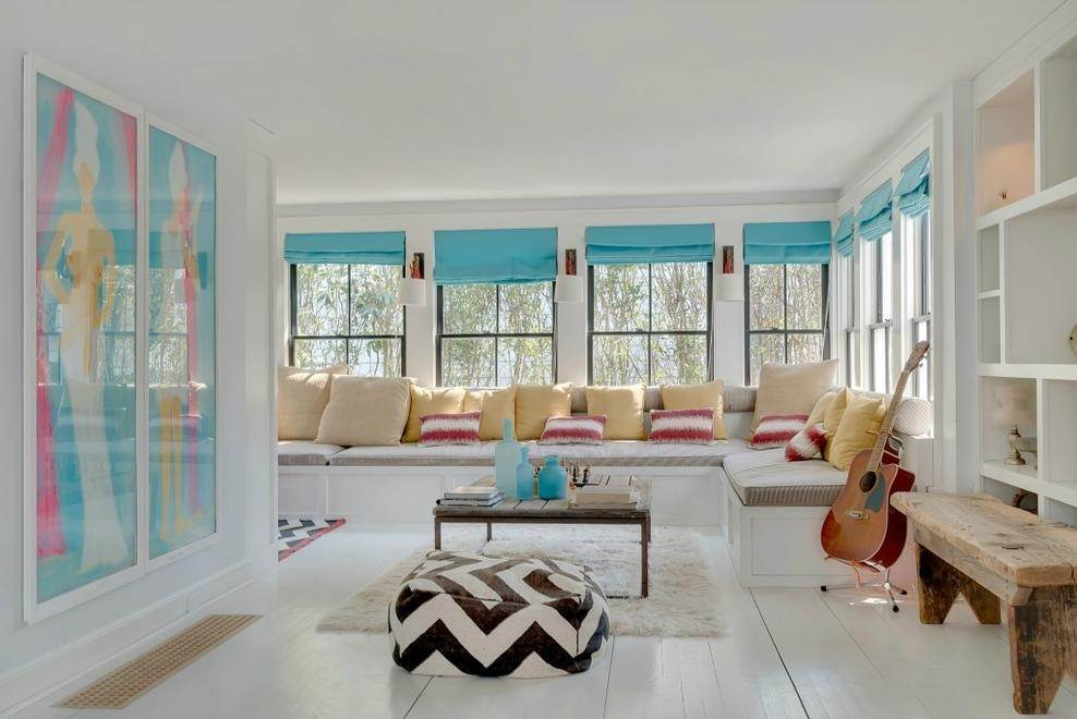 11. Single Family Home at Chic Beach House Compound South Of The Highway Southampton, NY 11968