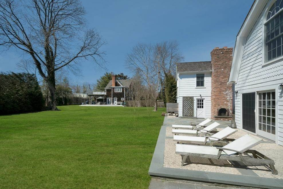 3. Single Family Home at Chic Beach House Compound South Of The Highway Southampton, NY 11968