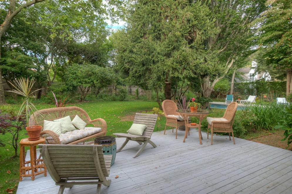 6. Single Family Home at Secluded Southampton Village Retreat Southampton, NY 11968