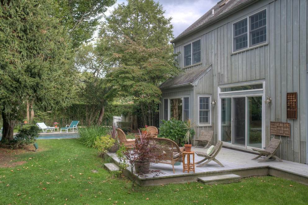 3. Single Family Home at Secluded Southampton Village Retreat Southampton, NY 11968