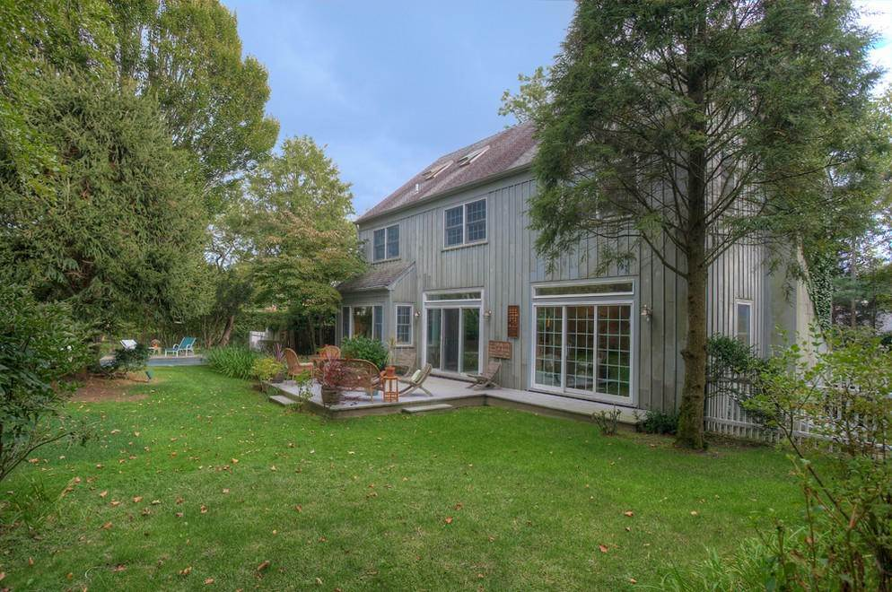2. Single Family Home at Secluded Southampton Village Retreat Southampton, NY 11968