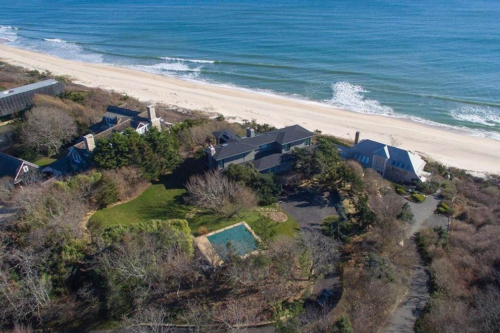 2. Single Family Home at Designers Own Montauk Oceanfront Summer Rental Montauk, NY 11954