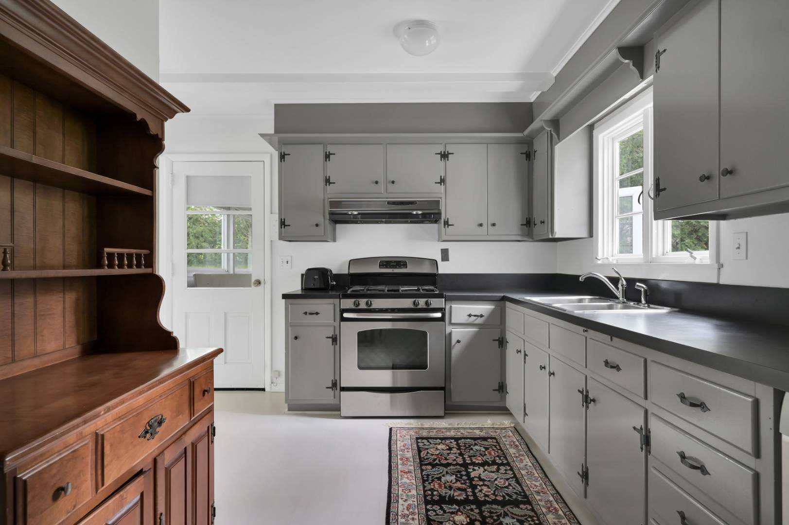 7. Single Family Home at Sag Harbor Village Steps To Beach 126 Bay Street, Sag Harbor, NY 11963