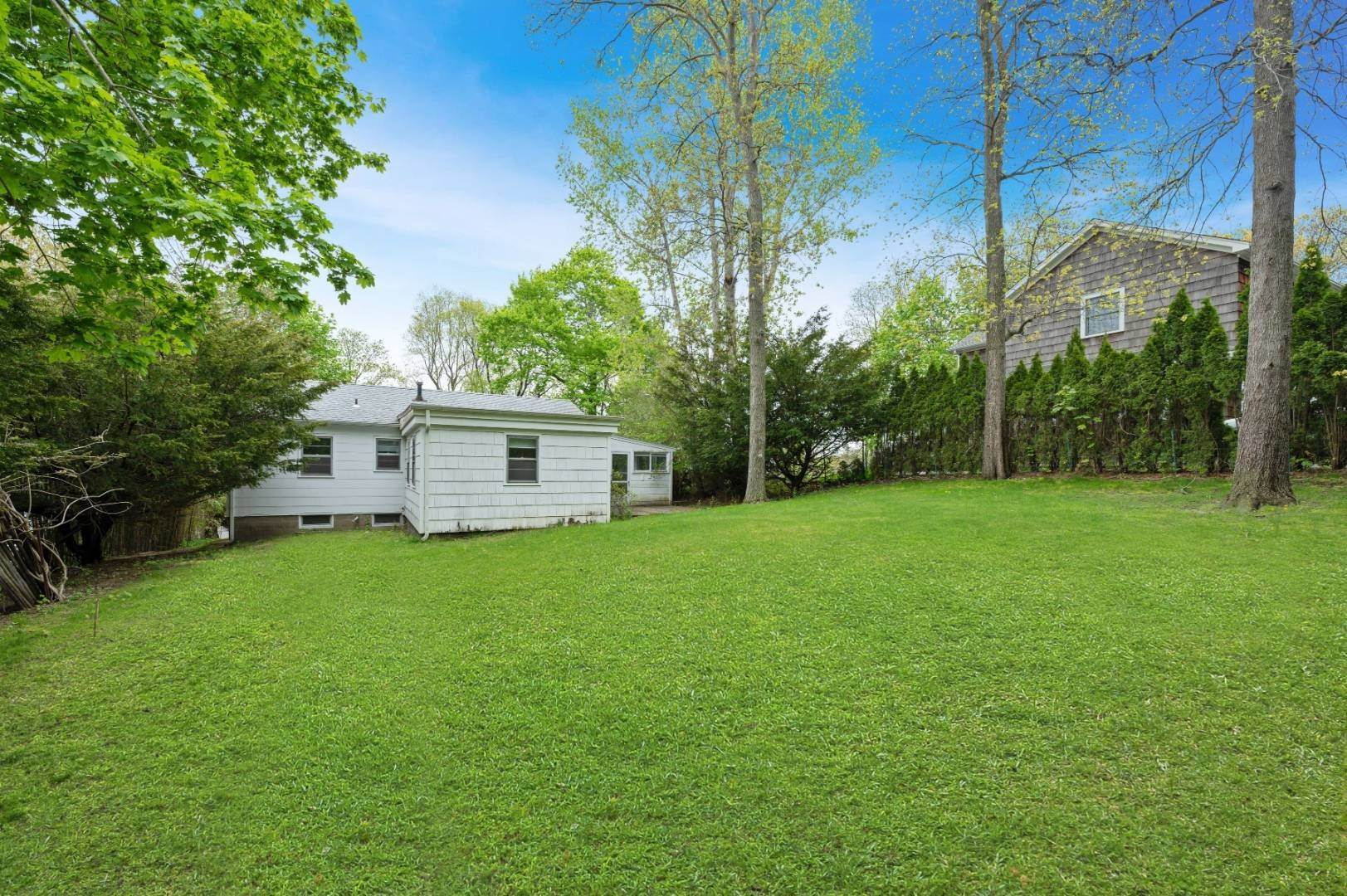 16. Single Family Home at Sag Harbor Village Steps To Beach 126 Bay Street, Sag Harbor, NY 11963