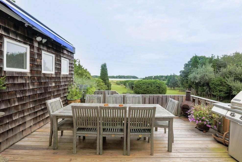 Single Family Home at Waterfront Serenity Retreat With Lots Of Water Toys East Hampton, NY 11937