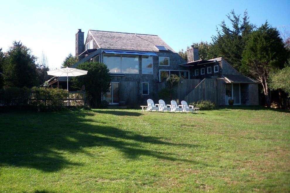 21. Single Family Home at Waterfront Serenity Retreat With Lots Of Water Toys East Hampton, NY 11937