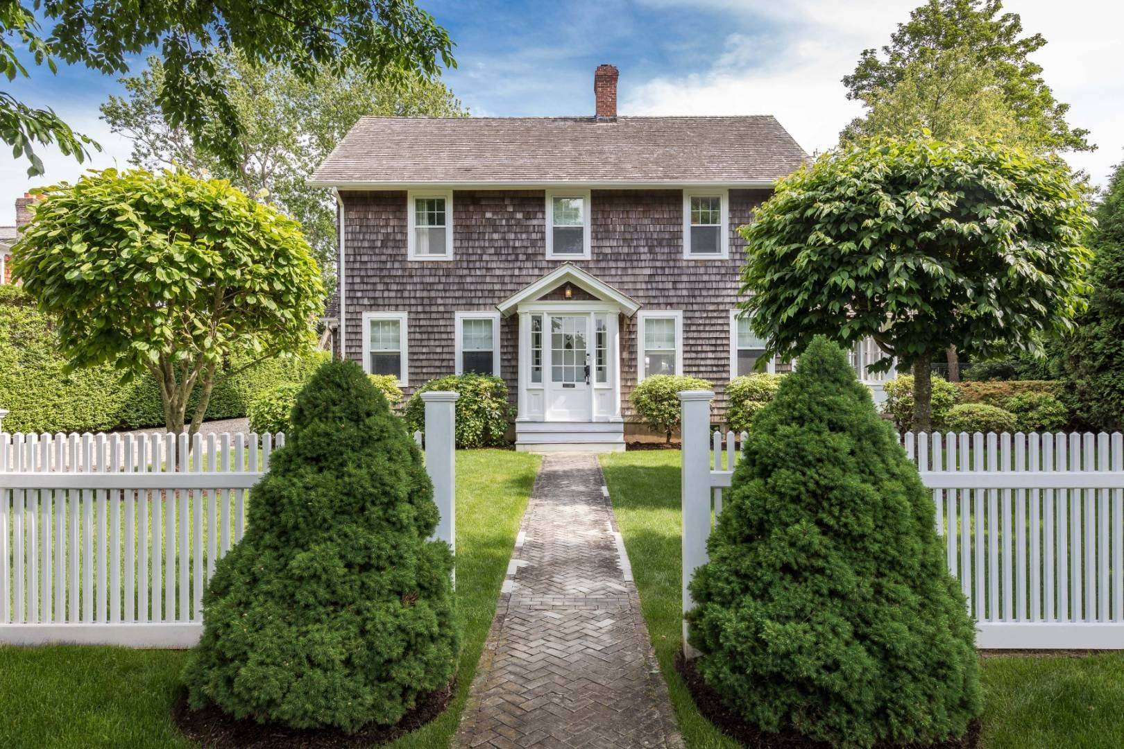 2. Single Family Home at Absolutely The Finest In Southampton Village Southampton, NY 11968