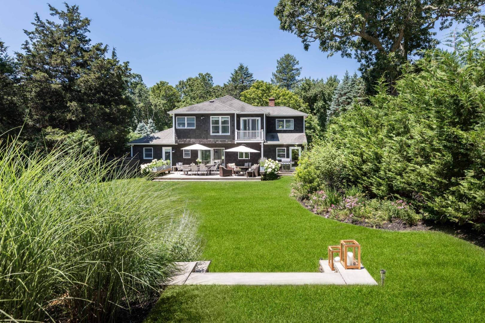 2. Single Family Home at Newly Renovated In North Haven Sag Harbor, NY 11963
