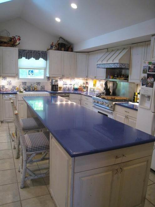10. Single Family Home at Waterfront On Big Fresh Pond Southampton, NY 11968