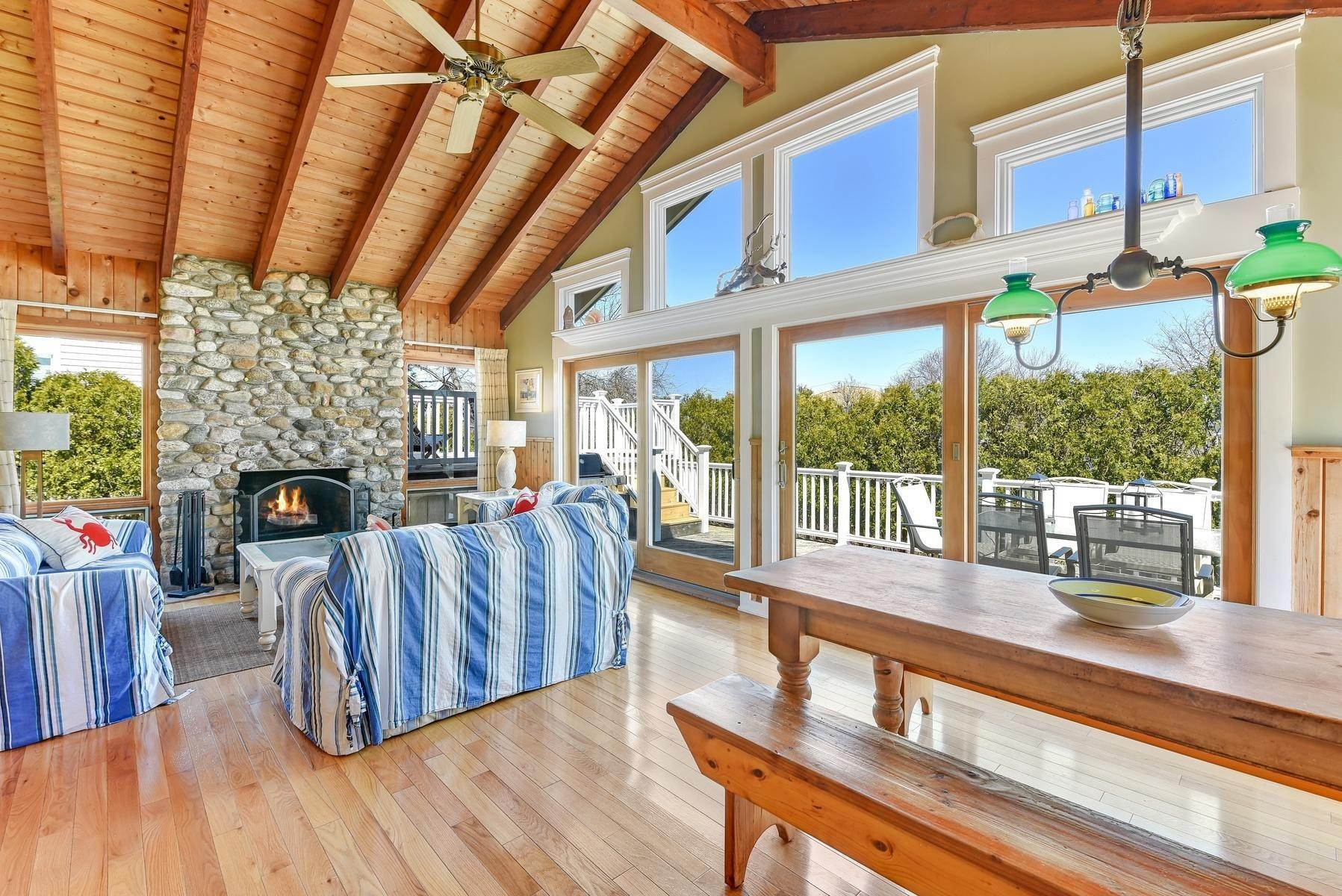 2. Single Family Home at Montauk's Culloden Shores Beach Home Montauk, NY 11954