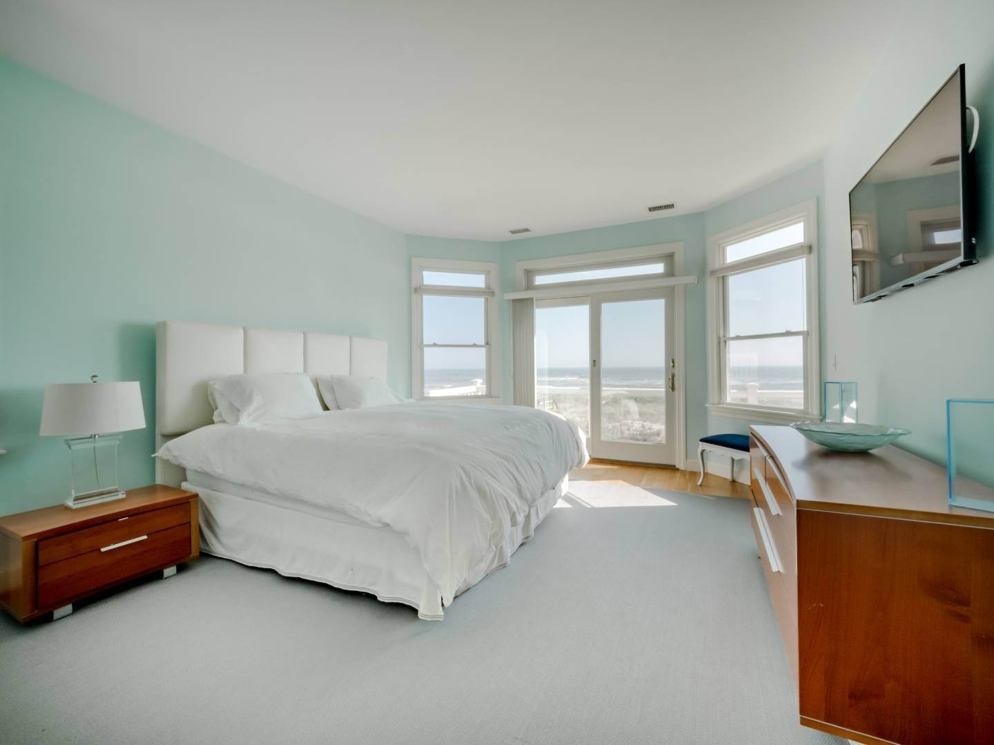 6. Single Family Home at Oceanfront Beach House On Dune Road - Winter Availability Westhampton Dunes Village, NY 11978