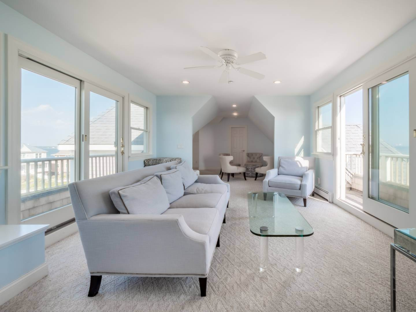 15. Single Family Home at Oceanfront Beach House On Dune Road - Winter Availability Westhampton Dunes Village, NY 11978