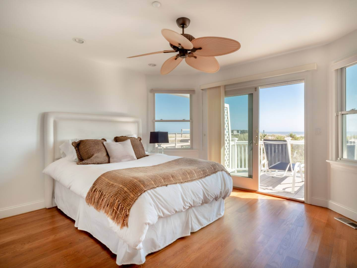 13. Single Family Home at Oceanfront Beach House On Dune Road - Winter Availability Westhampton Dunes Village, NY 11978