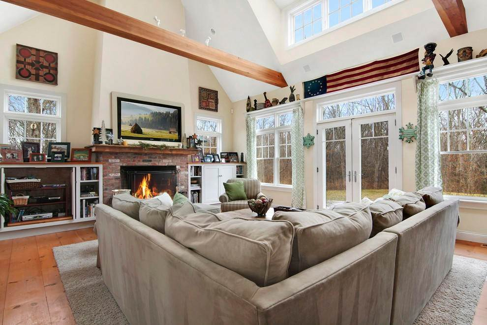 5. Single Family Home at Culloden Point - Montauk Charmer Montauk, NY 11954