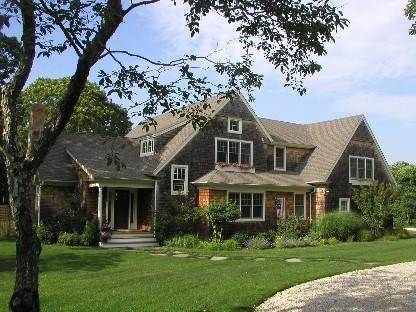 4. Single Family Home at Culloden Point - Montauk Charmer Montauk, NY 11954
