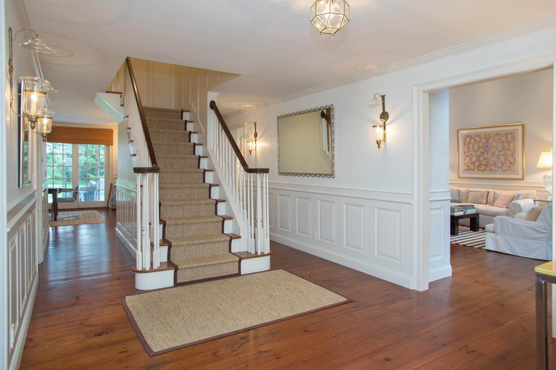 6. Single Family Home at Chic Water Mill-Traditional With Beautiful Park Like Grounds Water Mill, NY 11976