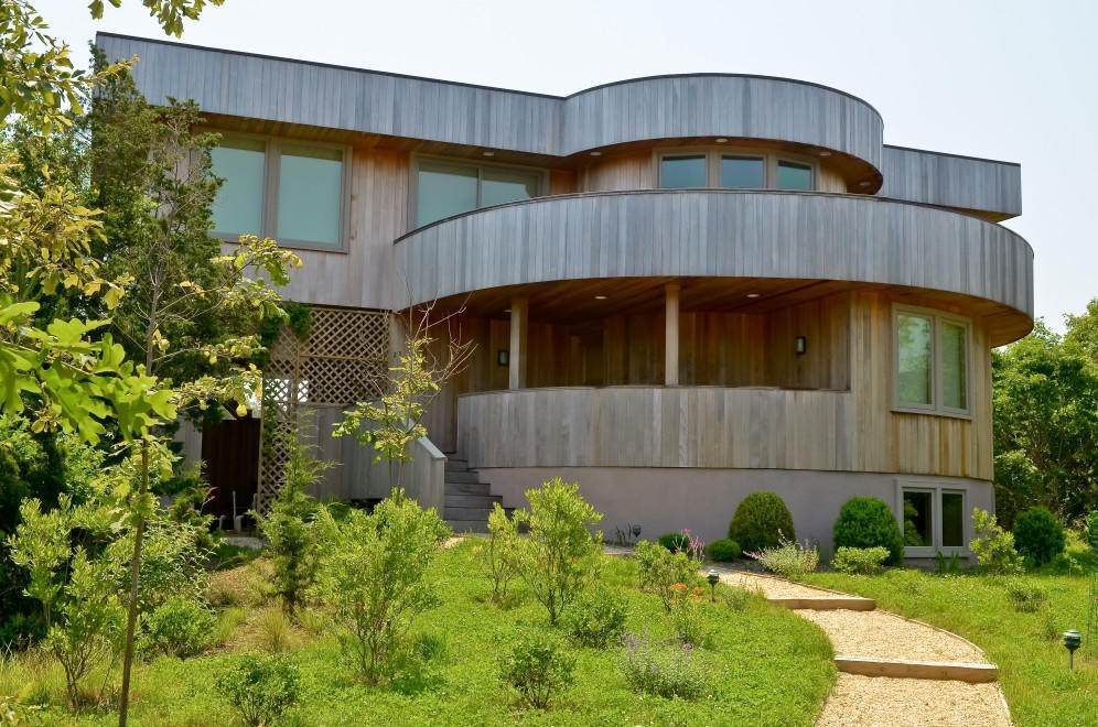 25. Single Family Home at Modern Living Gallery In The Dunes At The Ocean Beach Amagansett, NY 11930