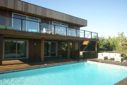 15. Single Family Home at Modern Living Gallery In The Dunes At The Ocean Beach Amagansett, NY 11930