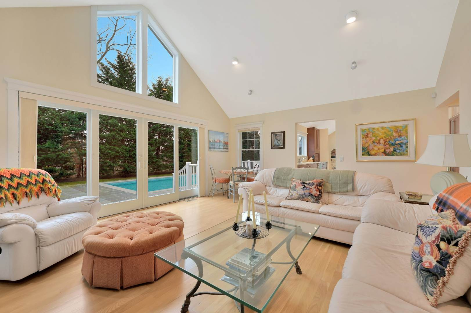 3. Single Family Home at Westhampton Beach Village Retreat Westhampton Beach Village, NY 11978
