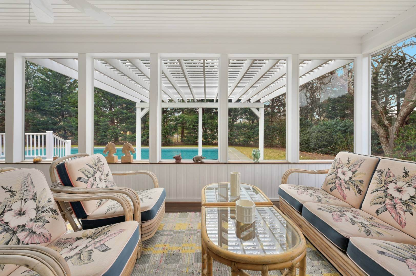 17. Single Family Home at Westhampton Beach Village Retreat Westhampton Beach Village, NY 11978